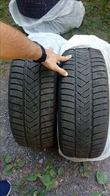 Zimske gume Pirelli Sottozero 205/55R16
