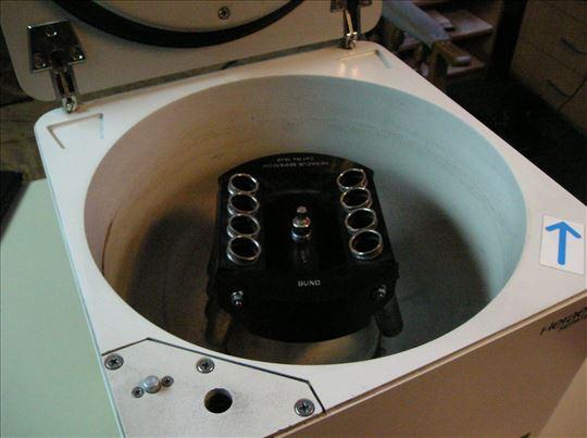 laboratorijska centrifuga Heraeus
