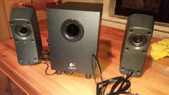 Prodajem Logitech Z323 stereo speaker system 2.1