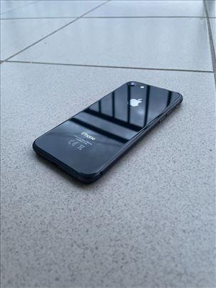 Iphone 8/64GB