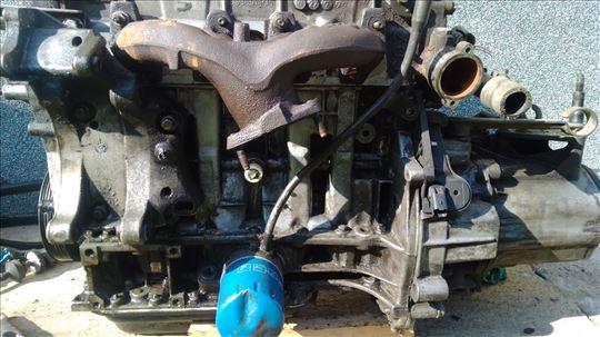 Pežo 206.     1.1 motor