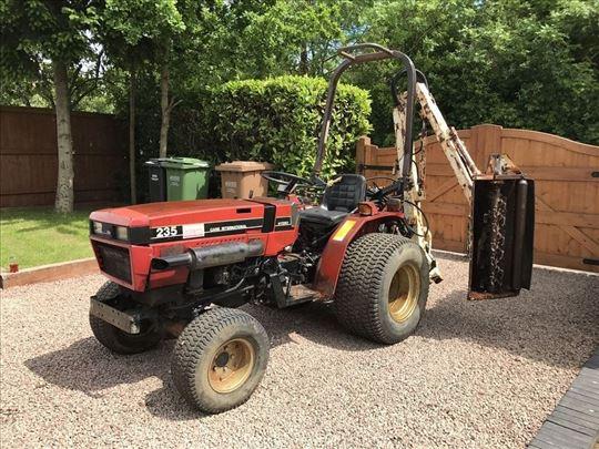 Traktor 4x4 Case Hydro Int 2-3-CS5