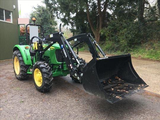 Traktor John Deere 5-VA55E + čelni nakladalec