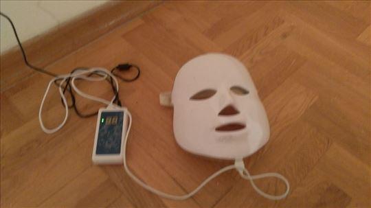 Led maska za tretmane lica