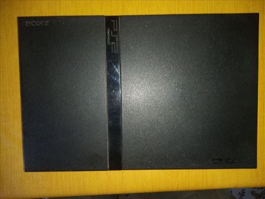 Prodajem extra Sony Playstation 2
