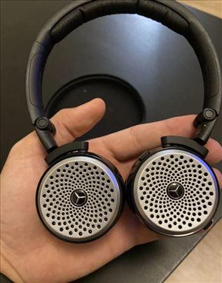 Mercedes-Benz slušalice