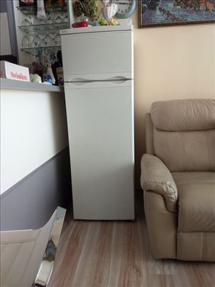 Kombinovan frižider 265l Merloni - Italija