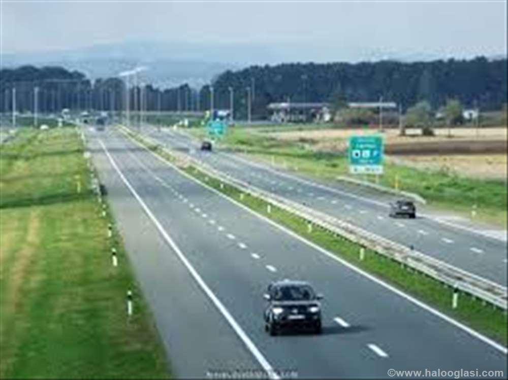 Vozila na metan i u Srbiji Pecinci-plac-uz-autoput-beograd-zagreb-kod-petlje-4045554-6848736
