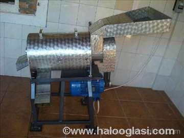 Mašina za vađenje koščica