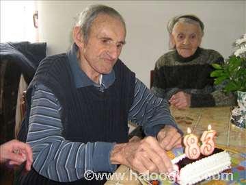 Društveni život u domu za stare