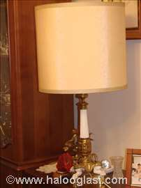 Lampa, mesingani držač, sa abažurom
