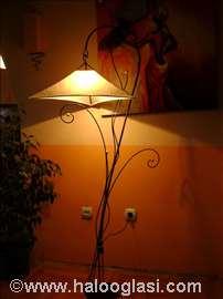 Podna lampa Stasa