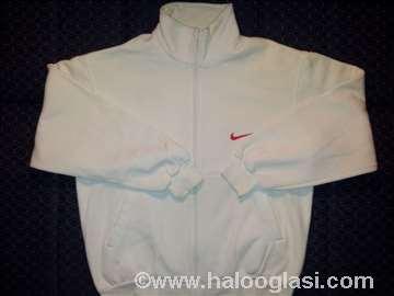 Muška bela Nike trenerka za krupnije!