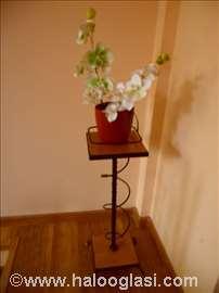 Stalak za cveće
