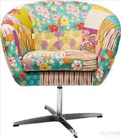Okretna pačvork fotelja - Flower Power