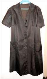 Crna ženska haljina