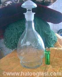 Vinska flaša sa staklenim čepom