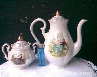 Porculanski čajnik 2