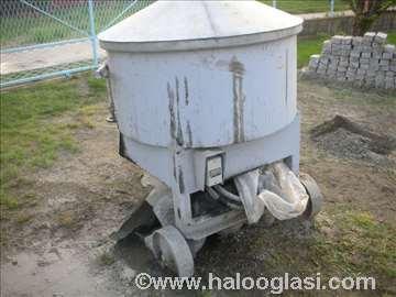 Mašina za proizvodnju betonskih blokova