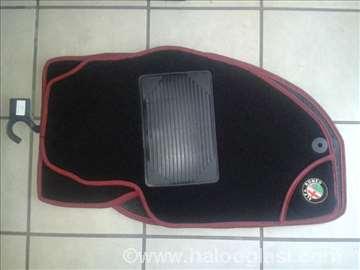 Alfa Romeo 166,   Patosnice tepih