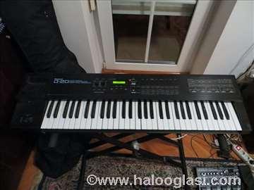 Roland D-20 sintisajzer klavijatura