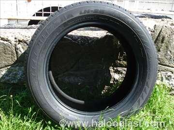 Bridgestone Blizzak 235/55/R18 LM25 4x4