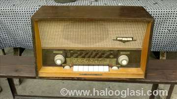 Stari nemački radio Emud 62 senior
