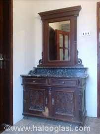 Stilska komoda sa ogledalom i mermernom pločom