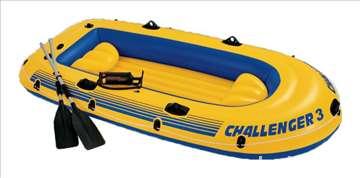 Čamac Challeger