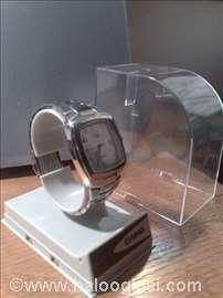 Ručni sat Casio, serija Edifice