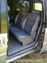 Peugeot 307 sedišta
