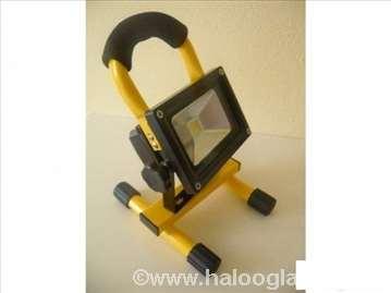 Prenosni led reflektor 10W (novo)