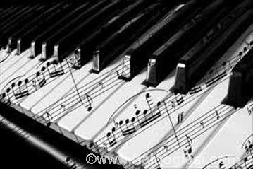 Časovi klavira, solfeđa, teorije muzike