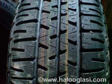 Guma Unirojal 195/65 R15