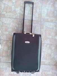 Kofer David Jones