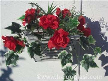 Korpice za cveće