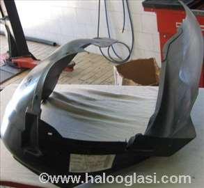 Levi prednji ulozak blatobrana Audi a4