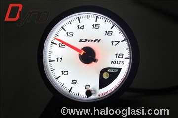 Sat za merenje voltaze voltmetar