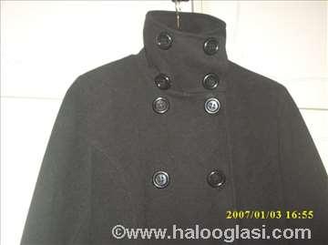Strukirani crni kaput veličina 36