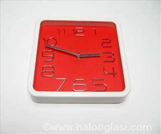 Crveni zidni sat kvadrat, novo