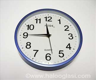 Ljubičasto beli zidni sat, novo
