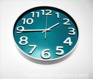 Prelep plavi zidni sat okrugli - novo