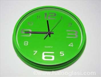 Prelep zeleni zidni sat, novo