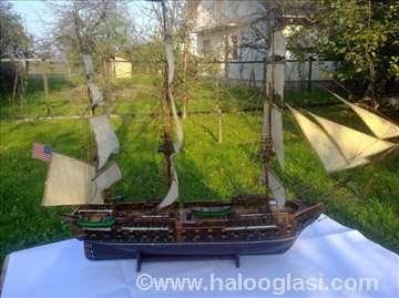 Model broda Fregata Konstitution