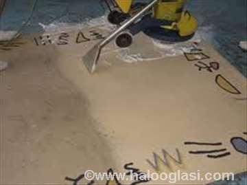 Mašinsko dubinsko čišćenje tepiha