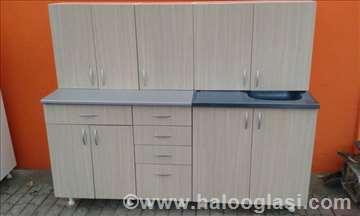 Povoljno - kuhinja 1.8m nova u sv.ferara hrastu