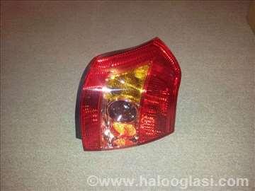 Stop svetlo Toyota Corolla 04-06 desno