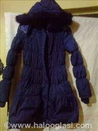Ljubičasta jakna kao nova