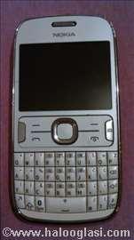 Mobilni Nokia Asha 302