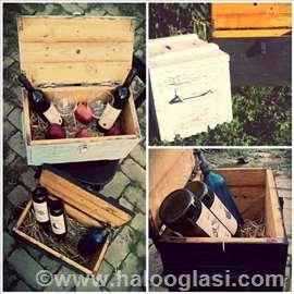 Sanduk drveni i kutije
